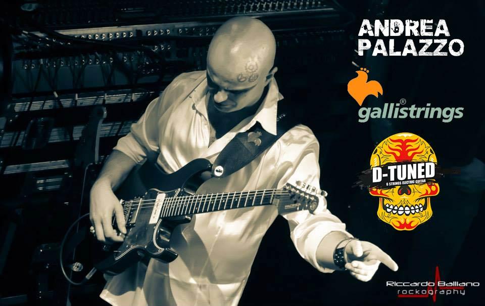 """BLANDIZZI: """"Note d'ambiente canzoni d'autore"""" (05/09/03 Arena Parco Virgiliano – Napoli) nell'ambito di Mezzanotte nei parchi '03. """"Premio 29 Settembre"""" (27/09/2003, Parco del Poggio – Colli Aminei – Napoli ); diretta Telethon da Televomero (Napoli,13/12/2003) """"ABBICCÌ-Concerto acustico"""" (10/01/2004 – Lime Light – Roccamonfina – CE). Blandizzi Live """"Una vita in abbiccì"""" (27 Maggio 2004, nell'ambito del Maggio dei Monumenti 2004 – presso il Teatro di Corte di Palazzo Reale – Napoli ), con il quintetto d'archi Archinova, il percussionista Paki Palmieri e con Joe Amoruso e Antonio Onorato. 30 Luglio 2004 – Arenile di Bagnoli, Live concert alla terza edizione del Napoli BlueSoul Festival con Pippo Matino (basso), Sergio di Natale (batteria), Dario Casilllo (tastiere). 31 Dicembre 2005 - Lusciano (CE). 5 Maggio 2006 - Teatro Acacia (NA).21 Marzo 2007 -"""